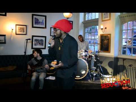 Dah1 performing at Muzikal Seduction