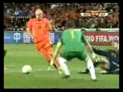 Arjen Robben vs Iker Casillas | Netherlands vs Spain | 2010 FIFA World Cup | 3