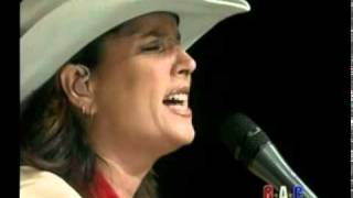 Watch Terri Clark Three Mississippi video