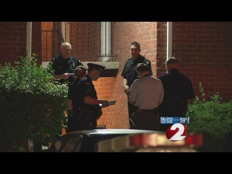 Man shot and killed at apartment complex