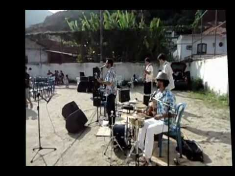 Show no colégio Pedra da Gávea com a Banda Los Buenos e MixSounDez sonorização
