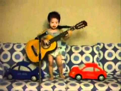NIÑOS PRODIGIOS Music Videos