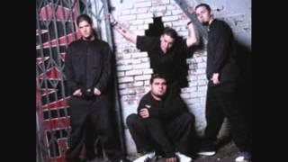 Watch Papa Roach Snakes video