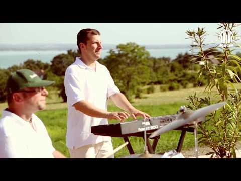 Postás Józsi - Dalol Egy Orgonavirág (Official Music Video)