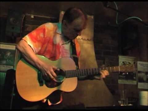 Martin Carthy play the theme from The Third Man