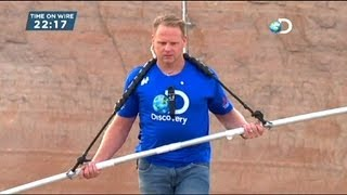 US daredevil Wallenda crosses Grand Canyon on tightrope - no comment