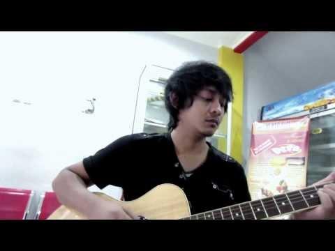 Sang Bumi Ruwa Jurai - Acoustic guitar