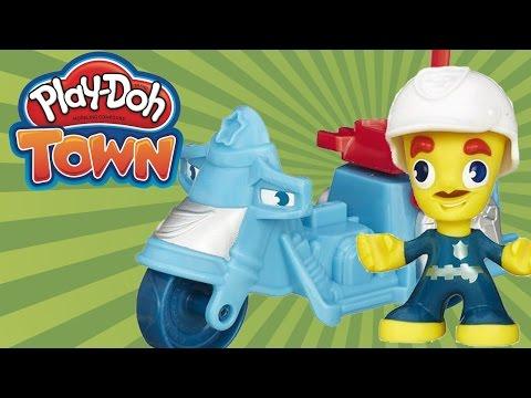 Игры с Play-Doh. Маша и Плей До полицейские чинят светофор