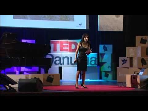 TEDxDanubia 2011 - Keren Hanan - Music in Colours