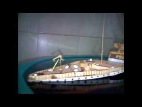 Titanic Sinking (Cardboard Model)