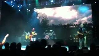 Watch Hootie & The Blowfish The Rain Song video