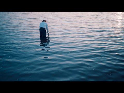 "kiwi ""Beautiful Back"" (Official Music Video)"