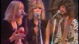 Watch Fleetwood Mac World Turning video