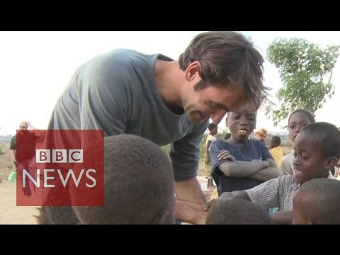 Roger Federer visits children in Malawi - BBC News