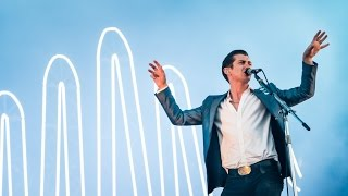 Watch Arctic Monkeys I Bet You Look Good On The Dancefloor video