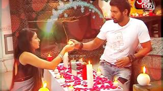 Abhi Pragya's romantic pillow fight
