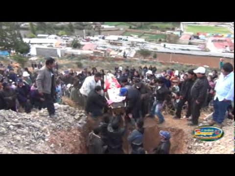 Entierro  Fallecidos  en Brasil  en Acobamba