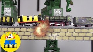 THOMAS THE WORLD'S STRONGEST ENGINE Thomas and Friends Trackmaster Toy Trains for Kids