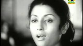 Ami Andhokarer Jatri- আমি অন্ধকারের যাত্রী । Film: Epar Opar- এপার ওপার