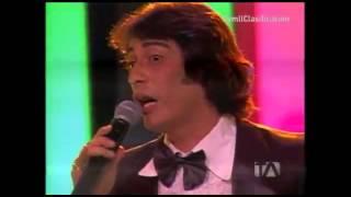 """Video: Sandro en """"Yo Me Llamo""""  Ecuador 2013 ▶Gala Gala 40  #yomellamoec   ▶ #ecuador  #Te"""