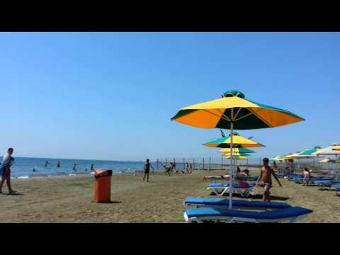 Spotting Larnaca -Makenzie Beach 2013 B772 Emirates