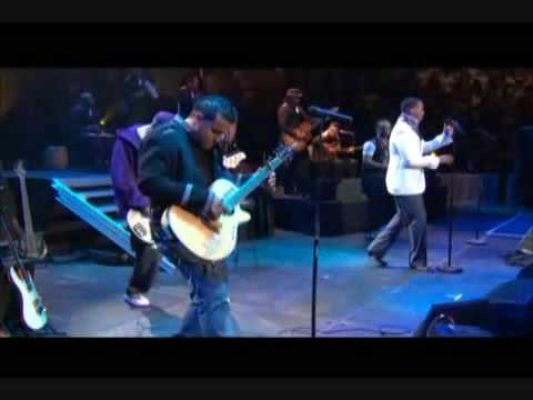 Aventura Los Infieles Live at Madison Square Garden