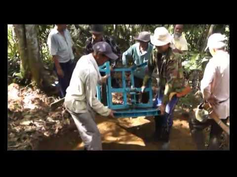 Lightup Borneo Video Documentary - Long Kerabangan (Sarawak)
