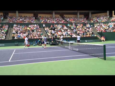 Federer/Wawrinka (vs. Bopanna/Qureshi) 2014 BNP Paribas Open (Courtside Angle)