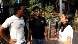 IPL 2013 Exclusive Video:Fan Frenzy Outside Wankhede Stadium During Mumbai Indians Vs. Pune Warriors