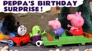 Peppa Pig Birthday Surprise by the Funny Funlings with Thomas The Tank Engine TT4U