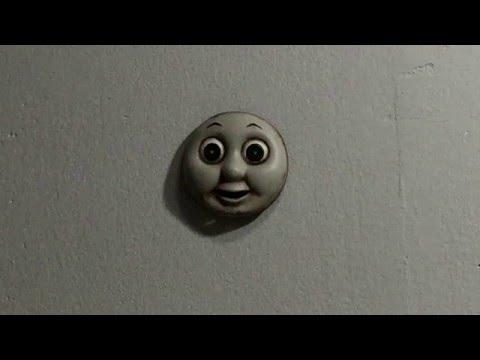 El terrorífico juguete que recorre paredes