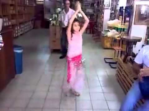 Little Girl Dance On Arabic Song video