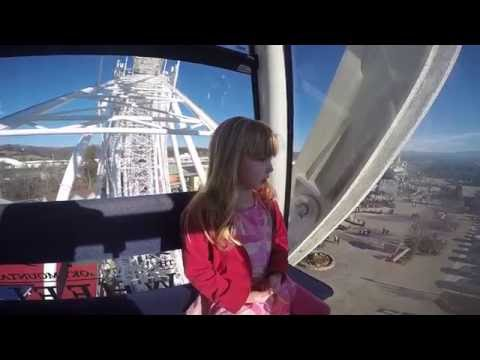 Funny Guide on Ferris Wheel in Pigeon Forge – The Island