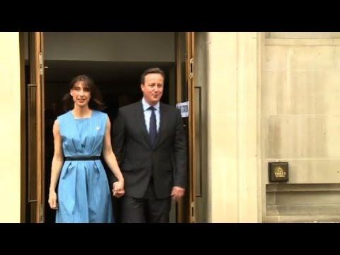 PM David Cameron votes in British EU referendum