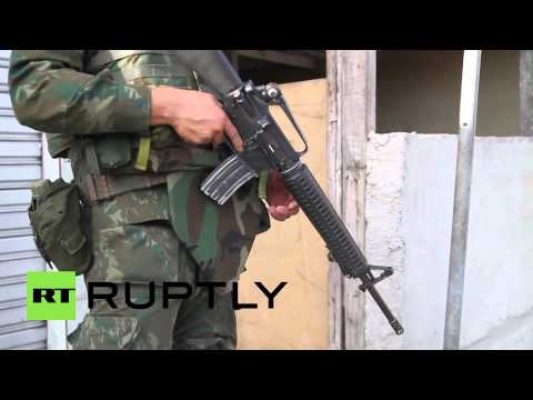 Brazil: Army occupies Rio slums before World Cup kick-off