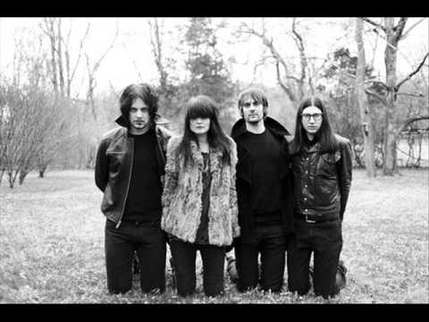 Dead Weather - Feet Tall