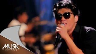 Download lagu Seventeen-Medley Jalan Terbaik Menemukanmu (Live at Music Everywhere) * gratis