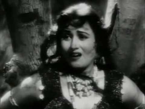 Phagun(1958)-barso Re Hai Bairi Badarwa Barso Re (asha Bhonsle) video