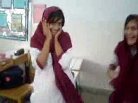 pakistani girls in class room