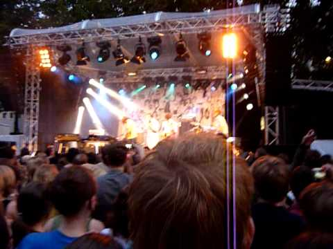 The Whitest Boy Alive - Wicked game cover (live @ Köln 14.08.2009)