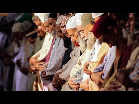 Mixing Finance With Religion in Pakistan