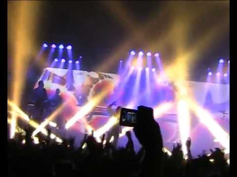 Within Temptation - Prague 2011 (Shot in the Dark + In the Middle of the Night)