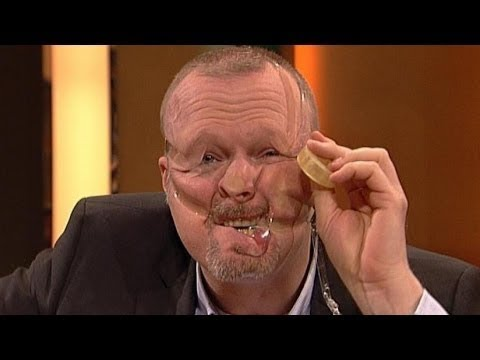 sellotape selfie mit stefan raab tv total youtube. Black Bedroom Furniture Sets. Home Design Ideas