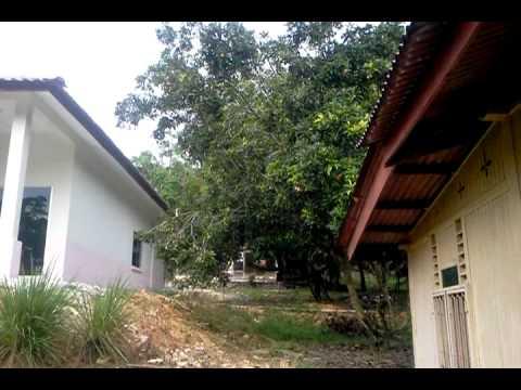 Rumah Mesra Rakyat Tuan Hj Joned di Kg Lendu Alor