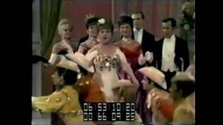 ETHEL MERMAN sings I've Got The Sun In The Morning from Annie Get Your Gun live 1966