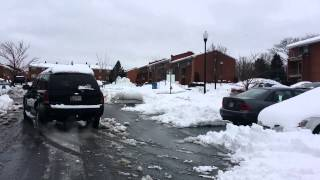 SUV's first time playing in the snow 2014
