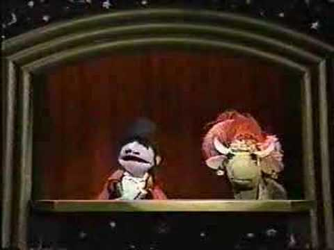 Classic Sesame Street - Mumford makes Gladys disappear Video