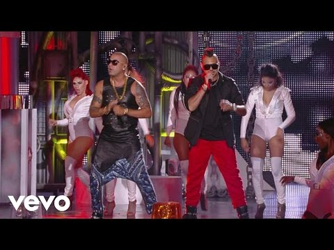 Wisin - Baby Danger (En Vivo Premios Billboard 2014) ft. Sean Paul