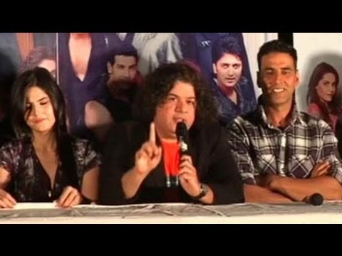 Housefull 2: Off-screen fun at the trailer launch