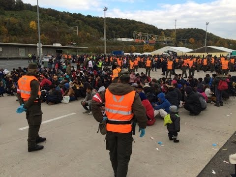 LIVE: Refugees flood Spielfeld border crossing between Slovenia and Austria